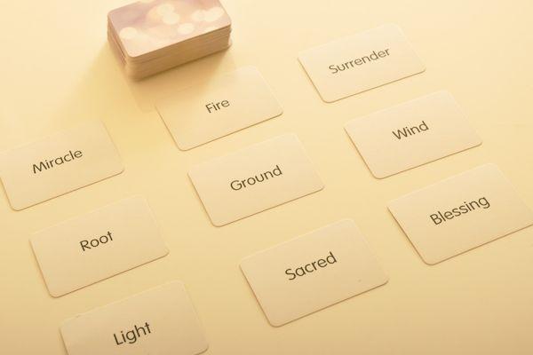 Ein Reading mit Seelenantwort-Karten gibt dir Antworten auf Themen, die dich beschäftigen